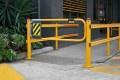 ball-fence-swing-gate-01.jpg