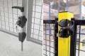de-fence-swing-gates-5.jpg