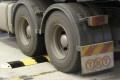 slo-motion-heavy-steel-speed-hump-sm1000hd-4.jpg